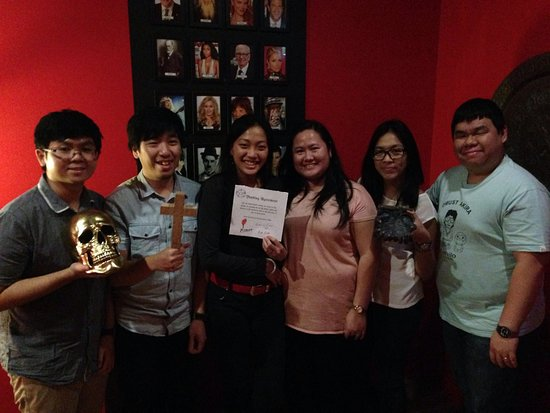 Escape Manor: 'The Covenant' was no match for this crew of smarties!