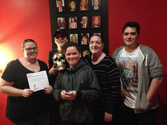 Escape Manor: Another crafty crew escapes Lou Cipher's clutches!