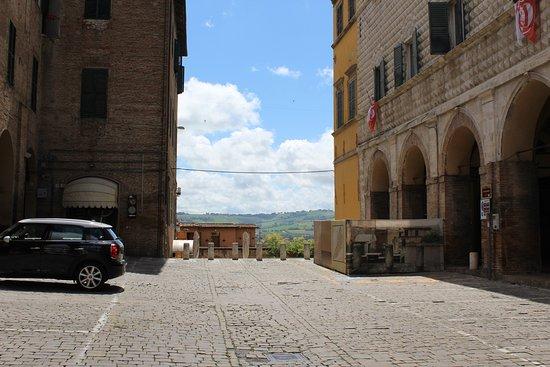 ماركي, إيطاليا: Doorkijkjes naar de natuur