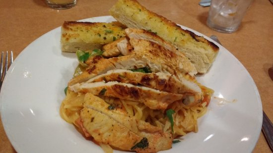 Stevenson Ranch, CA: Spicy Thai Chicken and Pasta