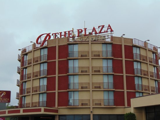 Plaza Hotel and Suites: Tower