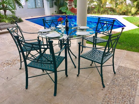 Ambiance Suites: Terraza