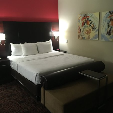 Elk City, OK: King size Bed