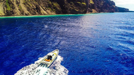 Lanai City, Hawái: Private fishing charters available on Kalulu
