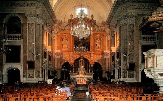 Basilique Notre-Dame-des-Tables Photo