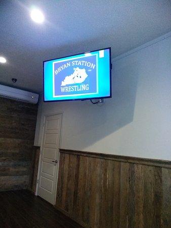 Winchell's Restaurant & Sports: TA_IMG_20170613_183819_large.jpg