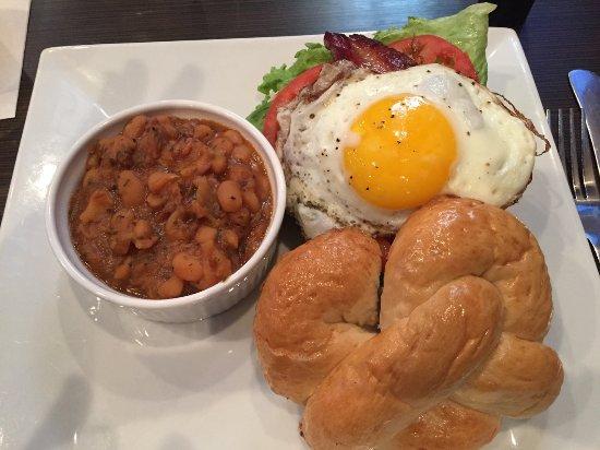 Cedar Falls, IA: Pork Belly BLT with the bean side
