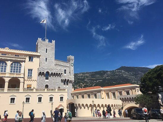 Prince's Palace (Palais du Prince): the palace with mountains in the back