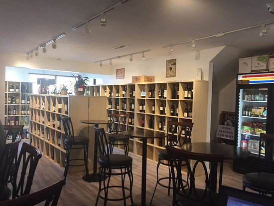 Ocean Isle Beach, NC: Selection of wines and beers available at Coastal Wine Room