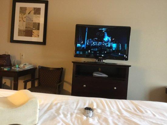 Holiday Inn Express & Suites Fairmont : photo0.jpg