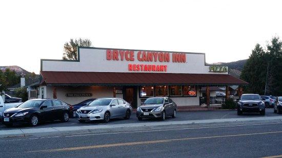 Bryce Canyon Inn : The restaurant next door.