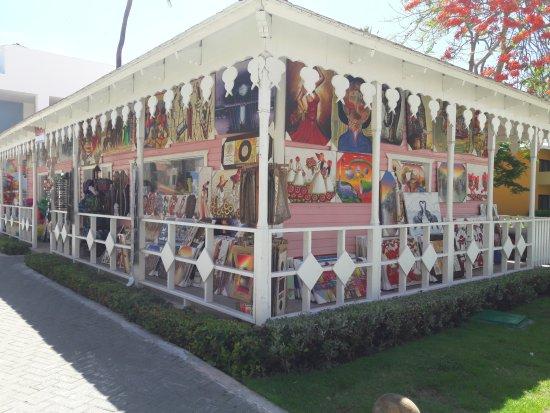 Camino dominicano de compras photo de iberostar for Chambre de guandules dominicano