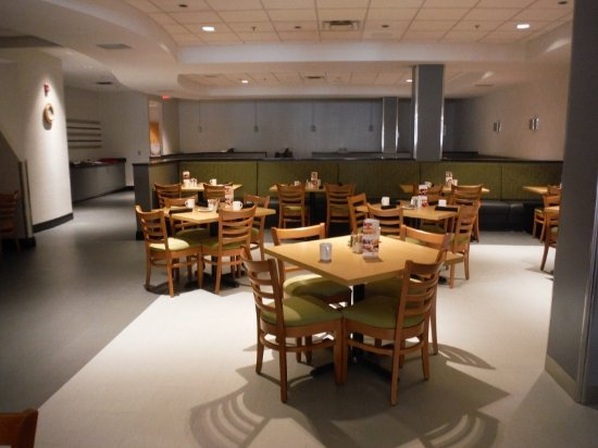Holiday Inn Winnipeg - Airport West: BREAKFAST DINING ROOM