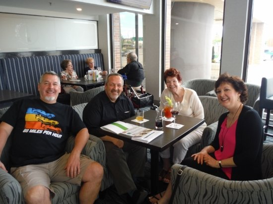 Holiday Inn Winnipeg - Airport West: AUTHOR AND FAMILY AT HOTEL BAR