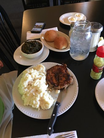 Phil's Restaurant: Pork Loin, Mashed Potatoes, and Turnip Greens