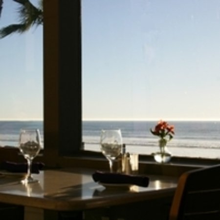 Cardiff-by-the-Sea, CA: Tables with a beautiful ocean view!