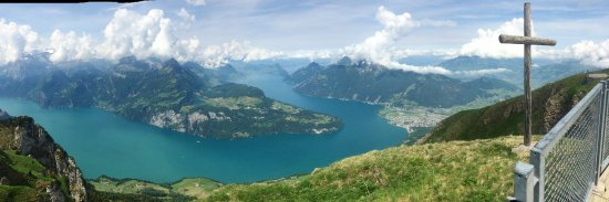 Stoos, Switzerland: This is the view from the top of Fronalpstock.