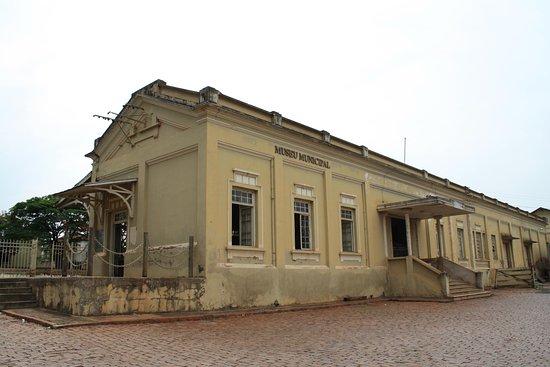 Colina Municipal Museum