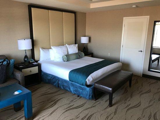 Zdjęcie Empress Hotel