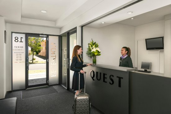 Quest on Rheola : Lobby / Reception