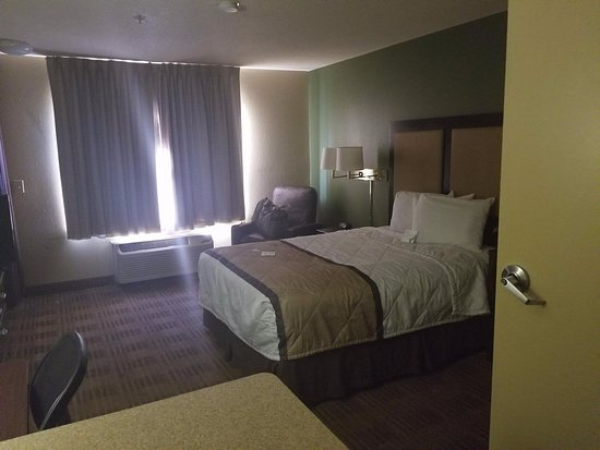 Landover, MD: View of room.