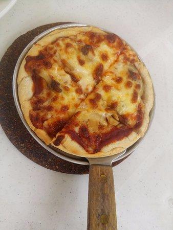Pizza Volante Pizza Puttanesca