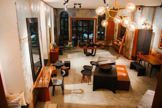 Paribawga cafe yangon rangoon restaurant reviews