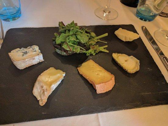 Saint-Herblain, France : Assiette de fromages