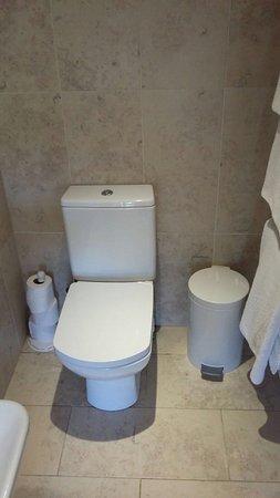 Rhyd Ddu, UK: Bathroom