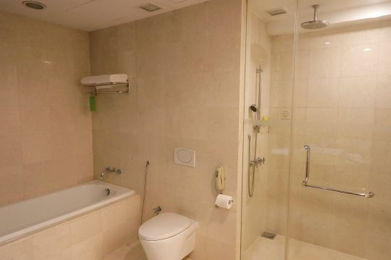 The Gardens Hotel Residences Separate Bathtub And Shower In Master Bathroom