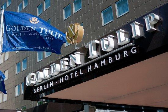 Entrance Golden Tulip Berlin - Hotel Hamburg