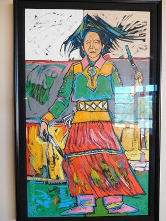 Moenkopi Legacy Inn & Suites: Artwork in afoyer