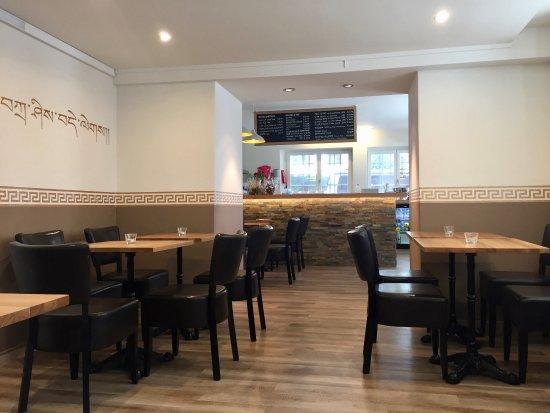 Restaurant Momo Bar