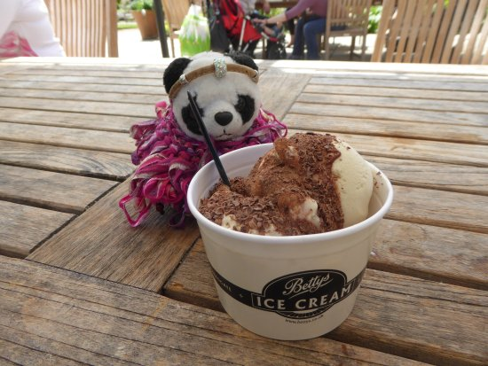Bettys Cafe Tea Rooms - Harlow Carr: Another fan of Bettys!