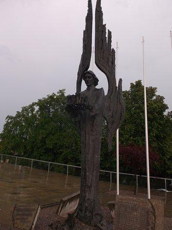 The Angel of Freedom @ Solidarity Square : Die Gedenkstätte der verstorbenen Stettiner-Werftarbeiter.