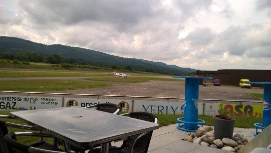 Porrentruy, Svizzera: Vista dalla terrazza sulla pista