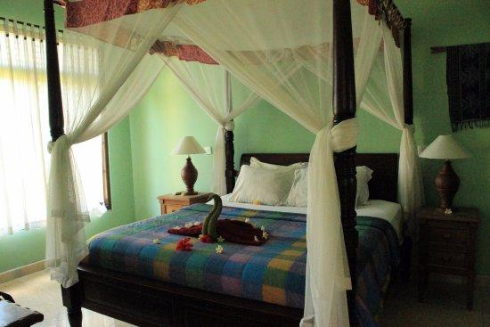 Apa Kabar Villas: Bedroom in three bedroom villa
