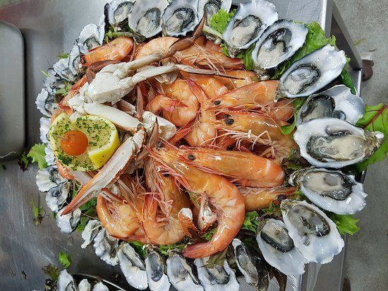 North Stradbroke Island, Australia: Nothing but the best freshest seafood. Absolutely sensational