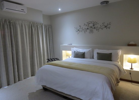 Rivonia, South Africa: Deluxe Suites - Room 8
