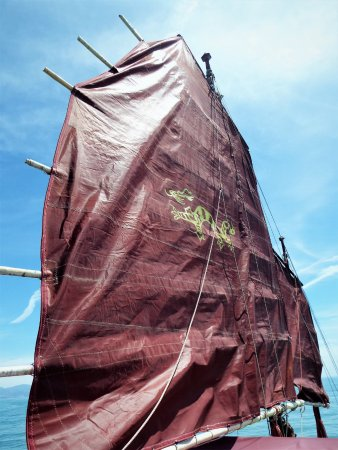 Costa Boat Charters: Sailing away