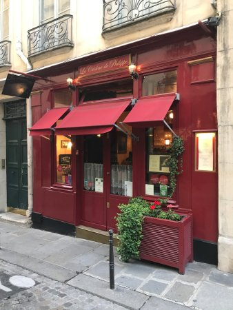 cozy place in a great paris neighborhood picture of la cuisine de philippe paris tripadvisor. Black Bedroom Furniture Sets. Home Design Ideas