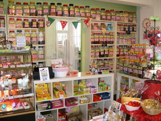 Huddersfield, UK: 100s of traditional weigh out sweets