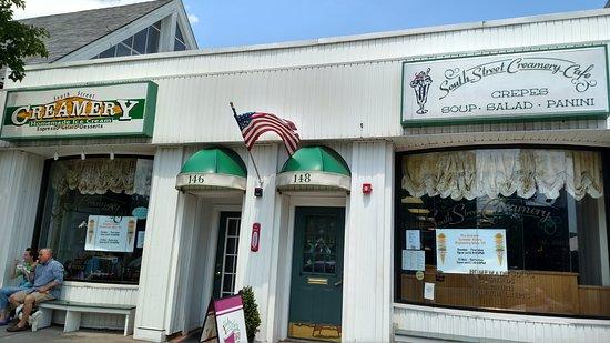 South Street Creamery: Nice Cafe