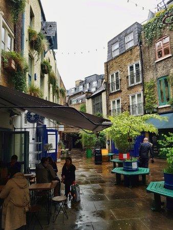 Hotels Near Seven Dials London