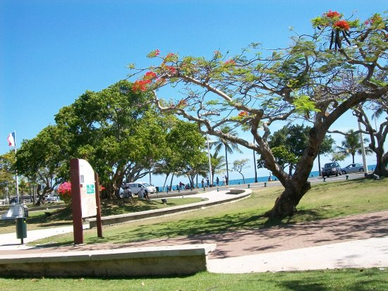 Anse Vata Beach Restaurants