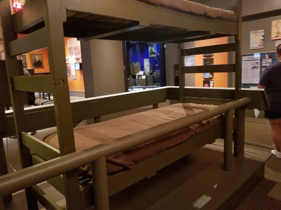 Greensboro, NC: Old Military bunkbeds