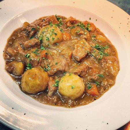 Staines, UK: irish stew
