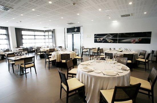 Octava Milla: Restaurante