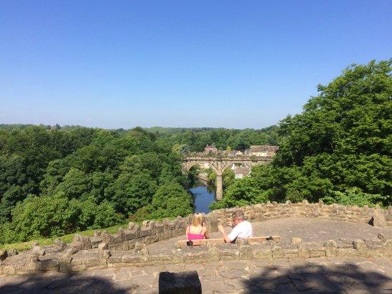 Knaresborough Castle : View of the viaduct