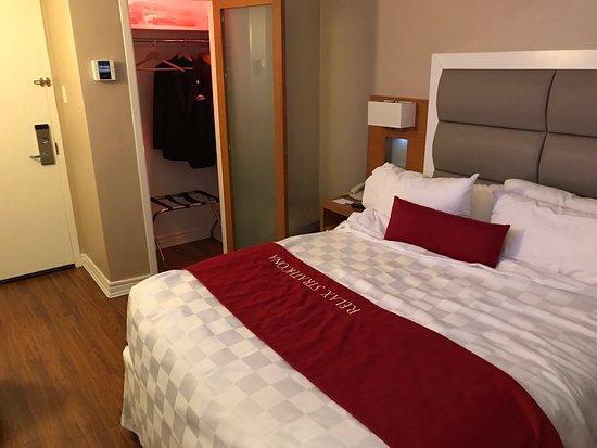 The Strathcona Hotel: photo3.jpg
